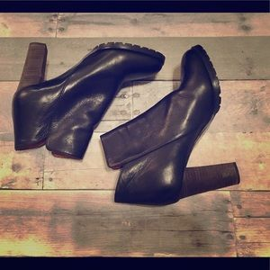 See by Chloe leather ankle boots size 40